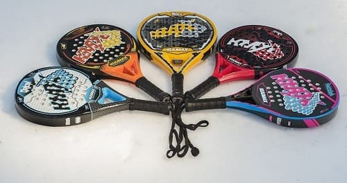 jugar padel raquetas